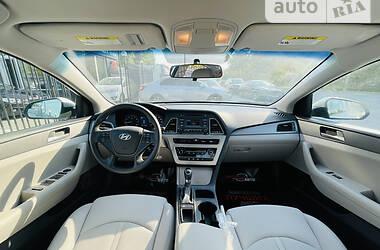 Седан Hyundai Sonata 2015 в Херсоне