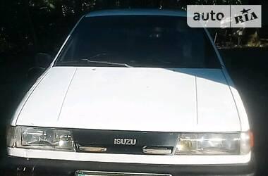 Isuzu Gemini 1990 в Попельне