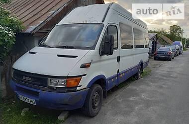Микроавтобус (от 10 до 22 пас.) Iveco 35C13 2001 в Броварах