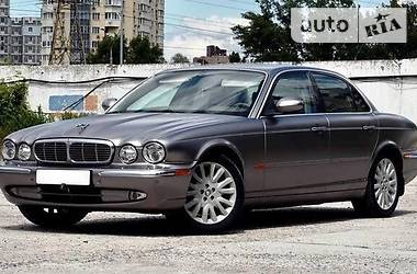 Jaguar XJ 2004 в Черновцах