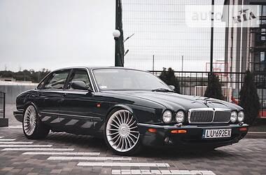 Jaguar XJR 1999 в Луцке