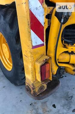 Екскаватор навантажувач JCB 3CX 2000 в Горохові