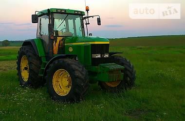 Трактор сільськогосподарський John Deere 7710 2001 в Луцьку