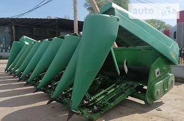 Жатка для збирання кукурудзи John Deere 892 2014 в Вінниці
