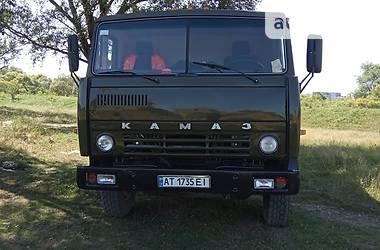 Самосвал КамАЗ 5511 1990 в Яремче