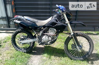 Мотоцикл Внедорожный (Enduro) Kawasaki KLX 250 2000 в Козельце