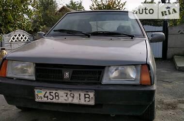 Lada 2190 1991 в Снятине
