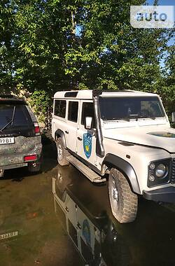 Позашляховик / Кросовер Land Rover Defender 2000 в