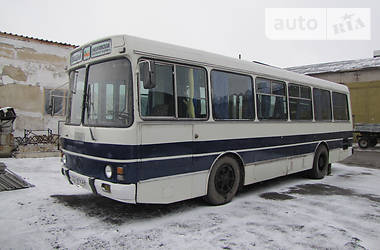 ЛАЗ 4202 1995 в Харькове