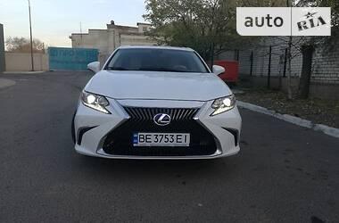 Lexus ES 300h 2013 в Николаеве