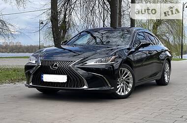 Седан Lexus ES 350 2019 в Киеве