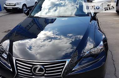 Lexus IS 200 турбо 2016