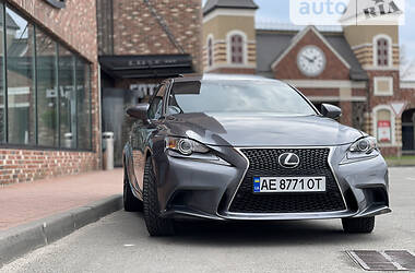 Lexus IS 200t 2016 в Киеве