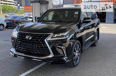 Позашляховик / Кросовер Lexus LX 570 2021 в Києві