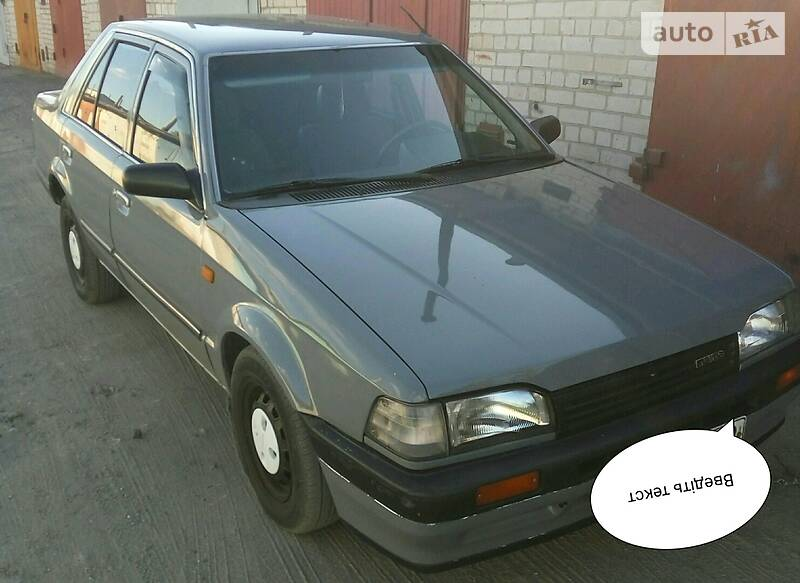 Mazda 323 1988 в Украинке