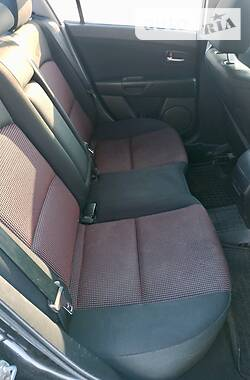 Седан Mazda 3 2005 в Старобільську