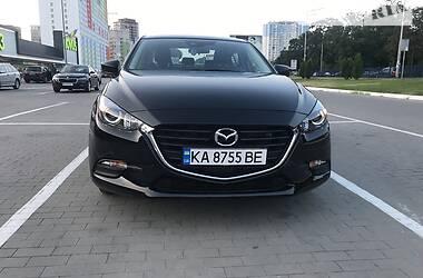 Седан Mazda 3 2018 в Киеве