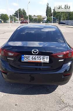 Седан Mazda 3 2016 в Николаеве