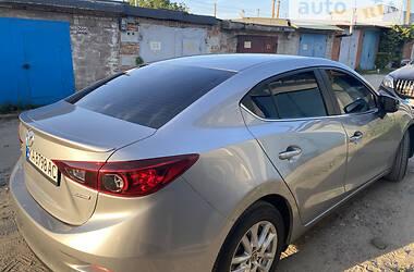 Седан Mazda 3 2015 в Києві