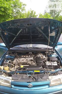 Лифтбек Mazda 626 1992 в Кривом Роге
