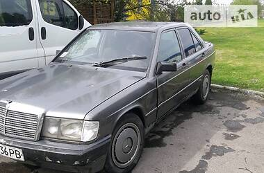 Mercedes-Benz 190 1987 в Березному