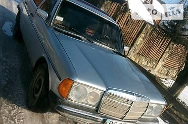 Mercedes-Benz 200 1982 в Сколе