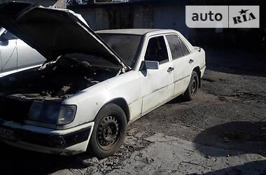 Mercedes-Benz 200 1987 в Днепре