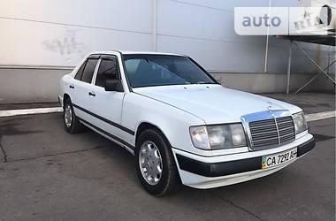 Mercedes-Benz 200 1987 в Киеве