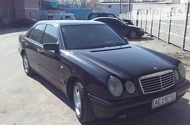 Mercedes-Benz 210 1997 в Днепре