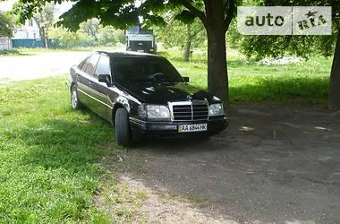 Mercedes-Benz 220 1994 в Киеве