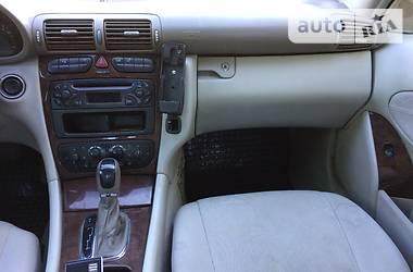 Mercedes-Benz 220 2002