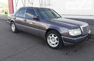 Mercedes-Benz 220 1992 в Виноградове