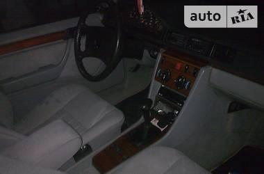 Mercedes-Benz 230 1986 в Харькове