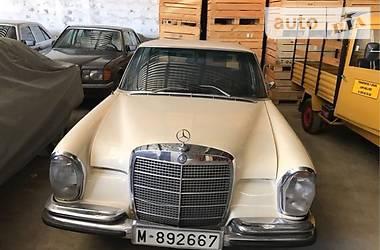 Mercedes-Benz 250 w 115 1970
