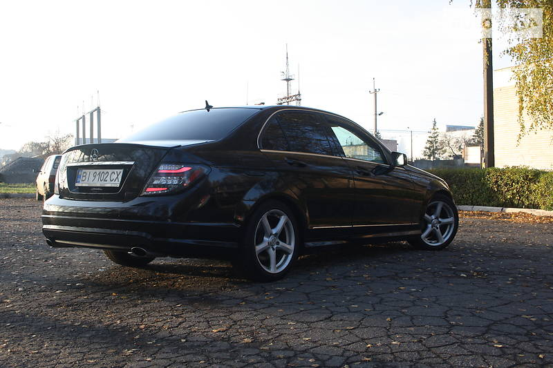 Mercedes-Benz 250 Full 2010