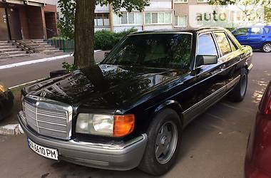 Mercedes-Benz 300 1983