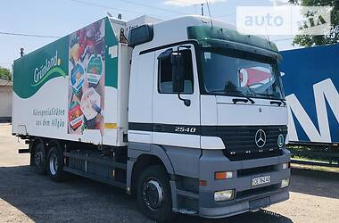 Контейнеровоз Mercedes-Benz Actros 2001 в Хотине