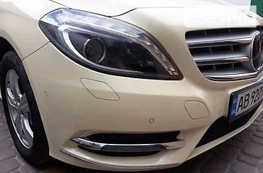 Mercedes-Benz B 180 2015