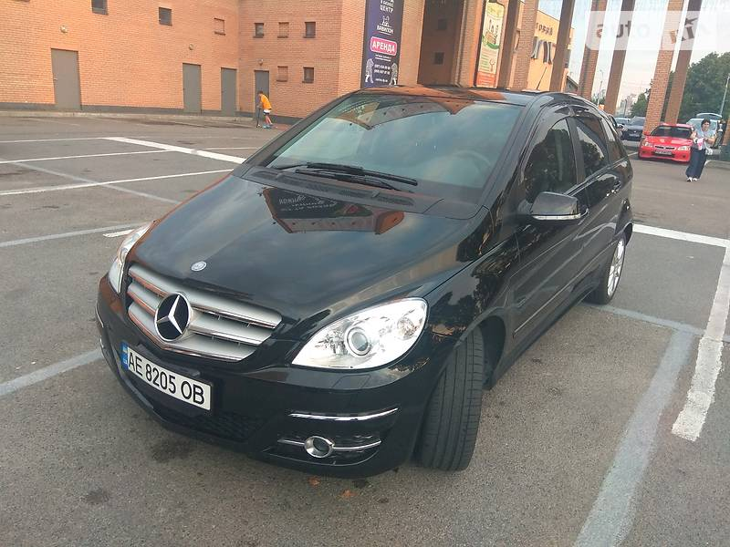 Универсал Mercedes-Benz B 180 2009 в Днепре