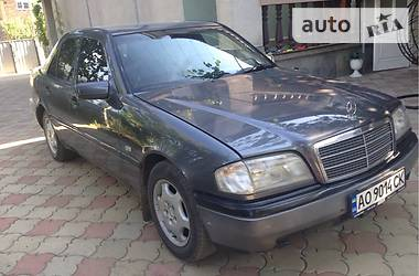 Mercedes-Benz C 180 1995 в Мукачево