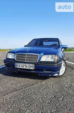 Седан Mercedes-Benz C 180 1996 в Днепре