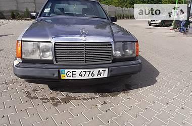Mercedes-Benz C 200 1988 в Черновцах
