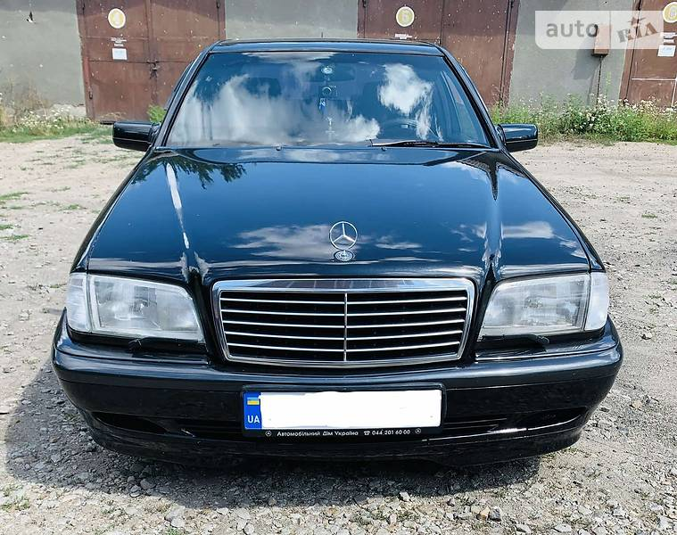 Седан Mercedes-Benz C 200 2000 в Могилів-Подільському