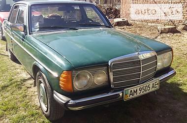 Mercedes-Benz C 230 1980 в Новограде-Волынском