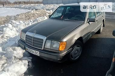 Седан Mercedes-Benz C 230 1985 в Луцке