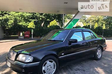 Седан Mercedes-Benz C 250 1996 в Одессе