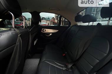 Седан Mercedes-Benz C 300 2015 в Чернівцях