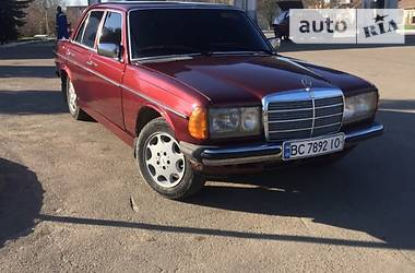 Mercedes-Benz C-Class 1979 в Львове