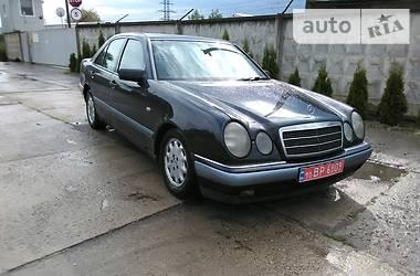 Mercedes-Benz E 200 1996 в Червонограде