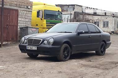 Mercedes-Benz E 200 1999 в Донецке